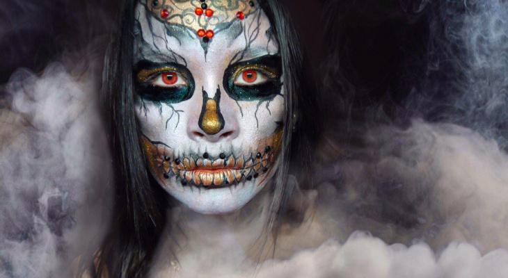 Девушка из Саранска создает прекрасные ужасные образы на «Хэллоуин»