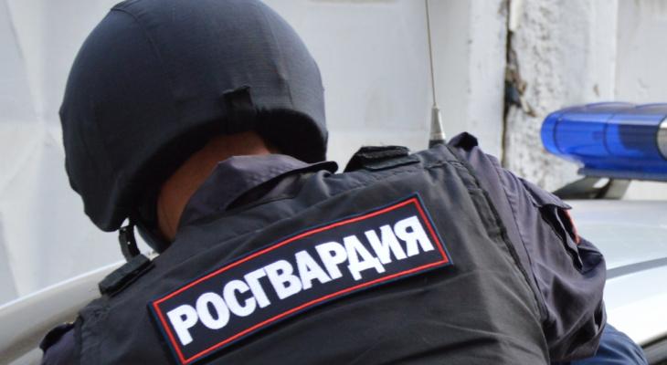 В Рузаевке пьяный мужчина устроил дебош в кафе