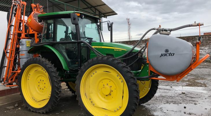 Супруги из Саранска остались без денег, покупая трактор через интернет