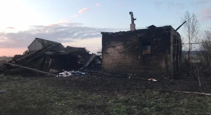 Пожаром в Мордовии, где погиб мужчина, заинтересовались следователи