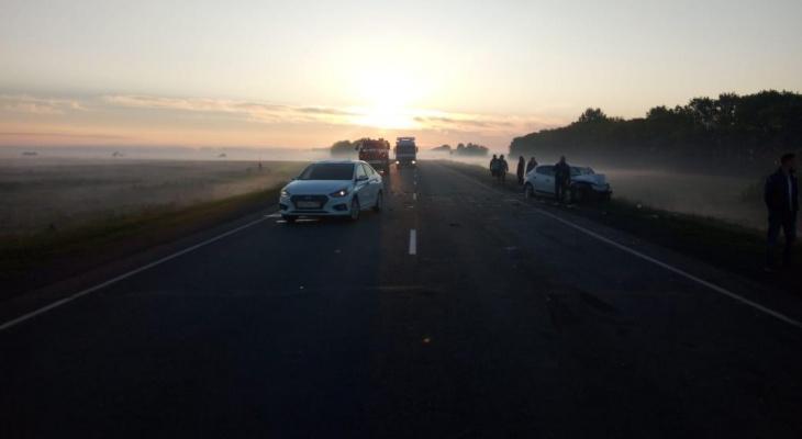 На трассе в Мордовии из-за тумана произошло серьезное ДТП: пострадали пятеро