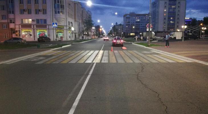 В центре Саранска водитель иномарки сбил молодую девушку на пешеходном переходе