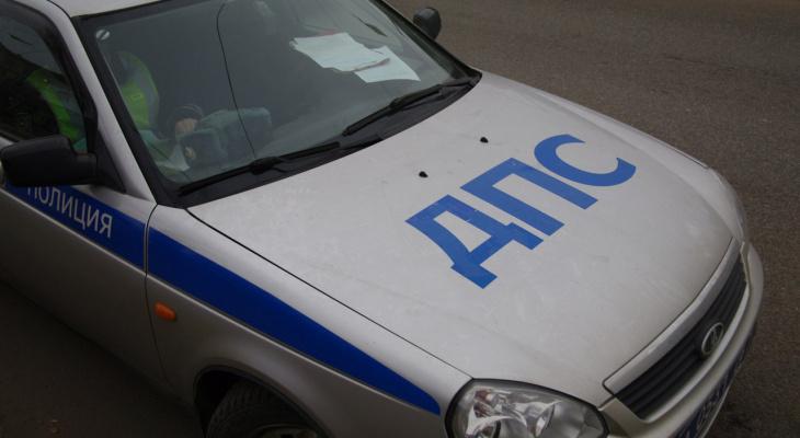 В Саранске «Форд» сбил пенсионерку, перебегавшую дорогу в неположенном месте
