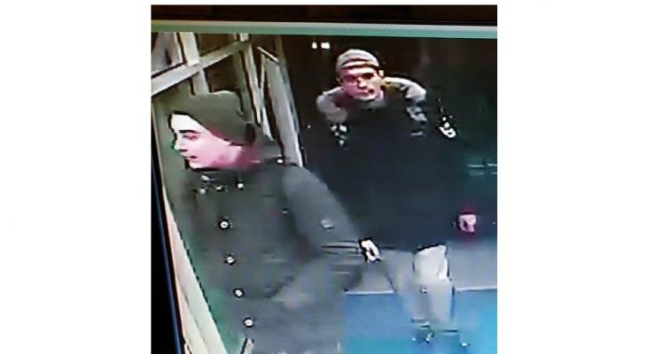 В Саранске разыскивают двух парней, которые украли из магазина видеоигры