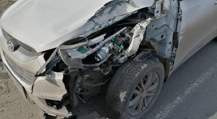 В Мордовии в ДТП с грузовиком и иномаркой пострадали два человека