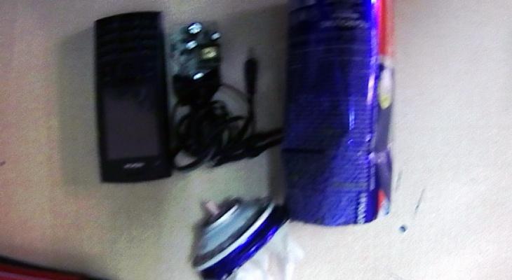 Заключенному мордовской колонии пытались передать телефон, спрятанный в баллоне пены для бритья
