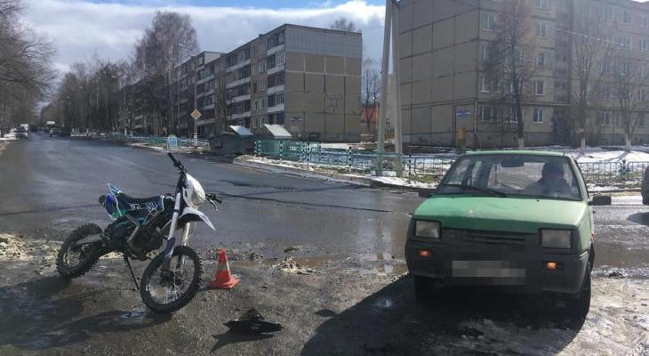 Несовершеннолетний байкер оказался в больнице после ДТП с «Окой» в Саранске