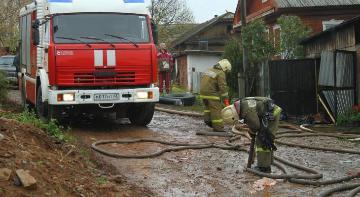 Пожар в Саранске: сгорел «Mercedes-Benz»