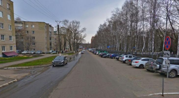 На одной из улиц Саранска временно исключат стоянку транспорта