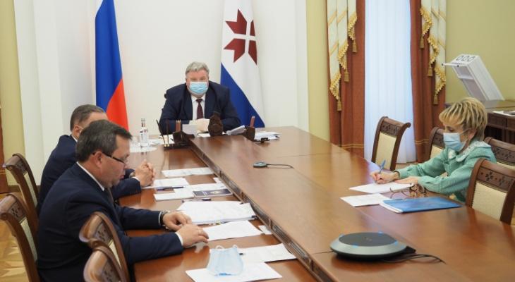 Глава Мордовии провел совещание по подготовке к осенне-зимнему периоду