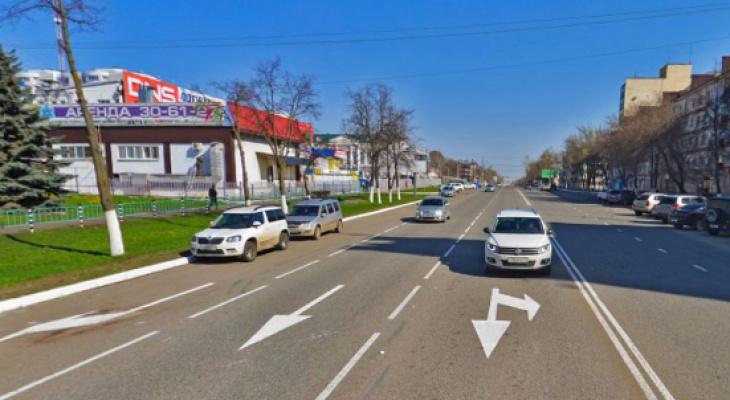 С 17 июня будет частично ограничено движение транспорта по улице Ботевградской