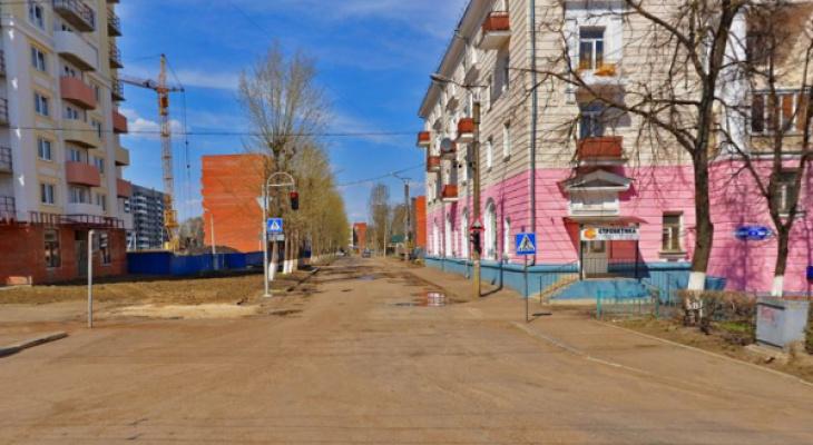 На одной из улиц Саранска временно ограничат движение и стоянку транспорта
