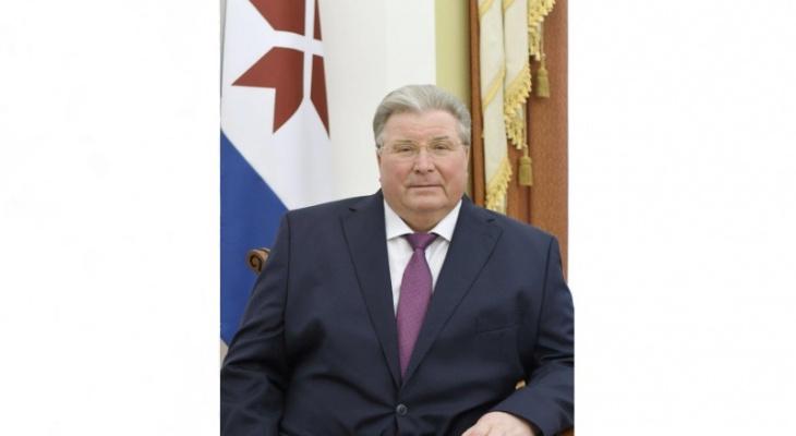 Глава Мордовии Владимир Волков поздравил выпускников с окончанием школы