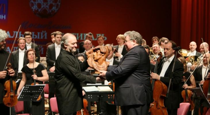 Валерий Гергиев и Симфонический оркестр Мариинского театра выступят на «Мордовия Арене»