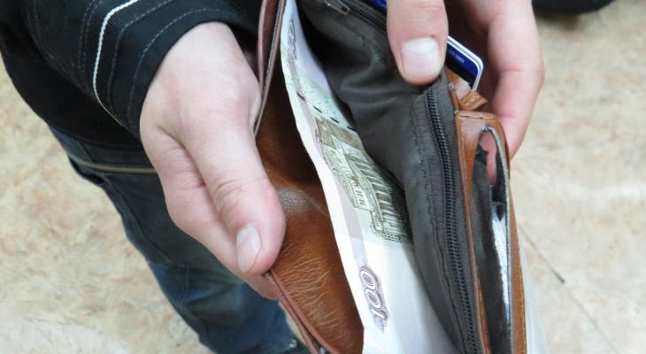 Житель Саранска пытался выиграть в лотерею, но потерял деньги