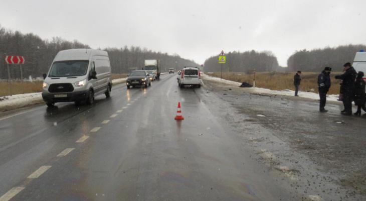 ДТП на трассе в Мордовии: один человек погиб, еще один в больнице