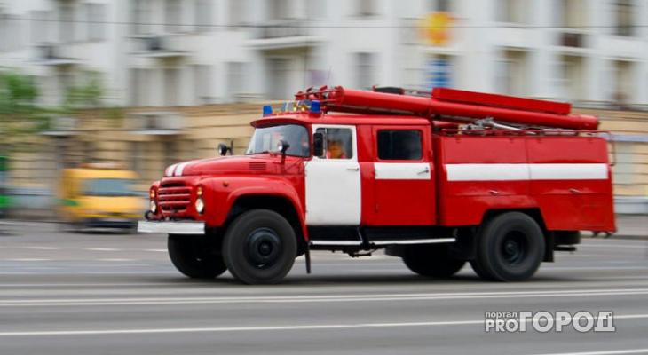 В Саранске во время пожара в общежитии пострадал человек