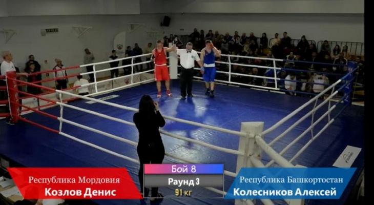 Саранский боксер выиграл первенство ПФО
