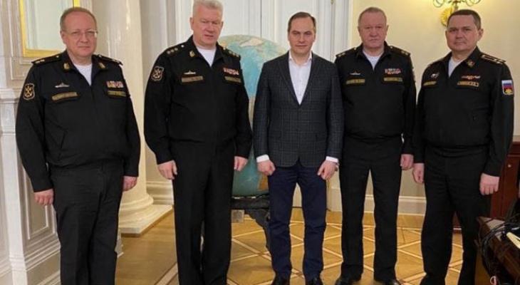 Артём Здунов пообщался с главнокомандующим ВМФ России адмиралом Николаем Евменовым