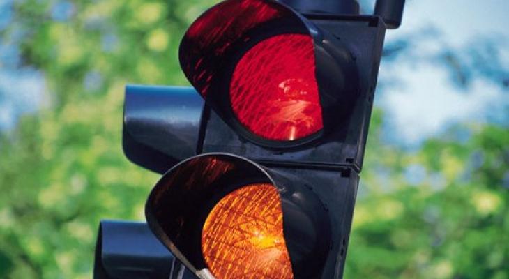 Саранская администрация изменила режим работы светофоров после жалоб инициативных горожан