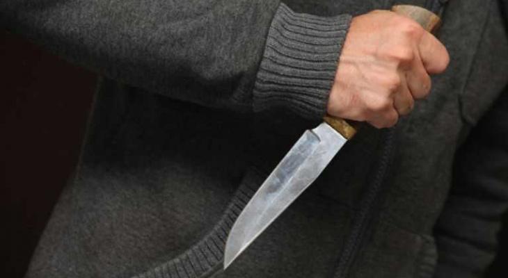 Мужчина в Саранске повздорил с другом и воткнул ему нож в спину