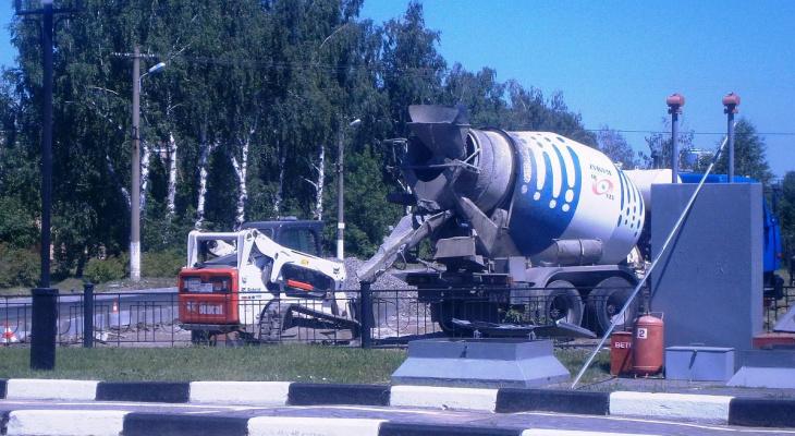 В Саранске начали ремонтировать проблемный участок дороги по улице Комарова