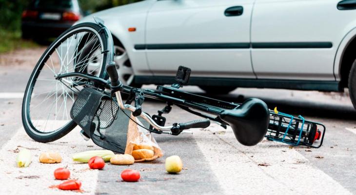 В Мордовии пьяный 38-летний велосипедист попал под колеса автомобиля