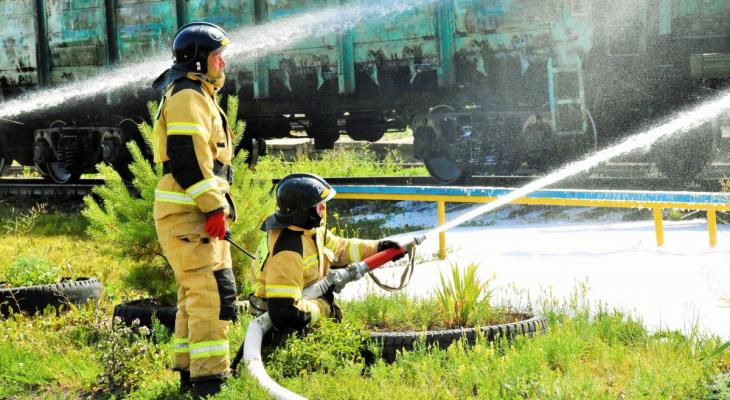 Вагон с нефтепродуктами условно вспыхнул на станции Красный Узел в Мордовии
