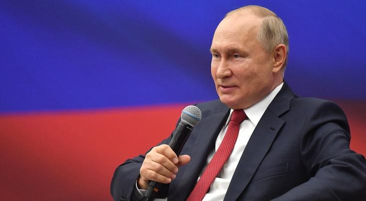 Путин предложил выплатить всем пенсионерам России по 10 тысяч рублей