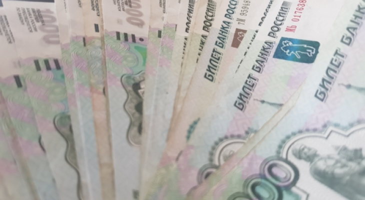 38-летняя жительница Мордовии потеряла больше 265 тысяч рублей, пытаясь заработать на бирже
