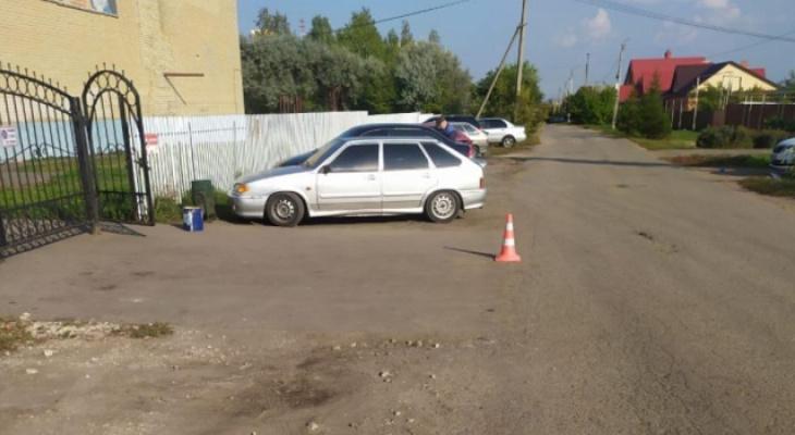 В Саранске 19-летний водитель иномарки наехал на 15-летнего подростка и скрылся
