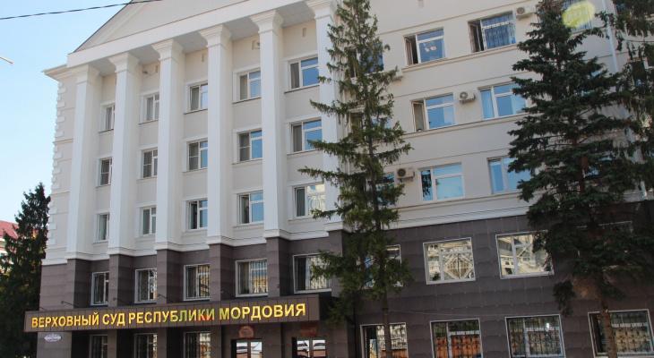 Суд продлили арест жителю Саранска, который убил женщину и сжег ее тело в автомобиле