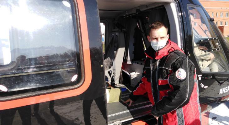 Санитарный вертолет перевез в Саранск мужчину в предынфарктном состоянии