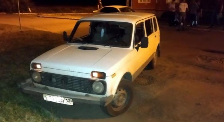 Житель Саранска украл деньги у начальника, а также угнал его «Ниву»